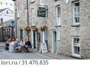 Купить «Street scene in Hay on Wye, Wales.», фото № 31470835, снято 23 июля 2019 г. (c) age Fotostock / Фотобанк Лори