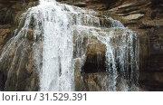 Купить «El Torrent de la Cabana small mountain stream with crystal clear water», видеоролик № 31529391, снято 23 марта 2018 г. (c) Яков Филимонов / Фотобанк Лори