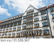 Купить «Hirmer building in Munich. Germany», фото № 31530367, снято 18 июня 2019 г. (c) E. O. / Фотобанк Лори