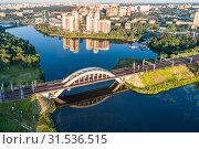 Купить «Московская область, Химки, вид сверху на Химкинский мост», фото № 31536515, снято 9 июля 2019 г. (c) glokaya_kuzdra / Фотобанк Лори