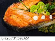 Купить «Fried salmon steak with broccoli», фото № 31596651, снято 14 декабря 2019 г. (c) Яков Филимонов / Фотобанк Лори