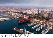 Aerial view of Almeria cityscape and harbour (2019 год). Стоковое фото, фотограф Яков Филимонов / Фотобанк Лори