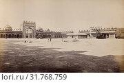 Futtehpore Sikri (1), Samuel Bourne (English, 1834 - 1912), Fatehpur Sikri, India, 1866, Albumen silver print (2018 год). Редакционное фото, фотограф © Liszt Collection / age Fotostock / Фотобанк Лори