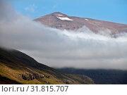 Купить «Wolke, Sonne und blauer Himmel am Berg Rjupnafell, Seydisfjoerdur, Ostisland, Island, Europa», фото № 31815707, снято 2 июня 2020 г. (c) age Fotostock / Фотобанк Лори