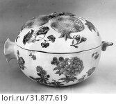 Купить «Covered Bowl, Qing dynasty (1644–1911), late 18th–first half of the 19th century, China, Porcelain with low-relief decoration, painted in underglaze...», фото № 31877619, снято 9 мая 2017 г. (c) age Fotostock / Фотобанк Лори