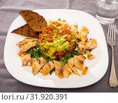 Купить «Trout fillets with guacamole salad», фото № 31920391, снято 14 декабря 2019 г. (c) Яков Филимонов / Фотобанк Лори