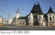 Купить «Moscow Yaroslavsky railway station, Russia», видеоролик № 31951091, снято 1 мая 2019 г. (c) Яков Филимонов / Фотобанк Лори