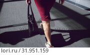 Купить «woman walking in the corridor at office 4k», видеоролик № 31951159, снято 21 марта 2019 г. (c) Wavebreak Media / Фотобанк Лори