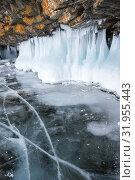 Ice of Lake Baikal. Стоковое фото, фотограф Юлия Белоусова / Фотобанк Лори