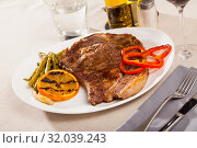 Купить «Appetizing beef steak with asparagus», фото № 32039243, снято 19 сентября 2019 г. (c) Яков Филимонов / Фотобанк Лори