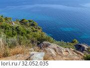 Купить «Landscape with shore of the Aegean Sea, Chalkidiki, Greece», фото № 32052035, снято 13 июня 2019 г. (c) Boris Breytman / Фотобанк Лори