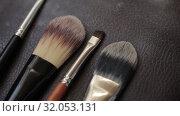 Купить «Brushes for Makeup artists Macro 100mm slider camera smooth motion», видеоролик № 32053131, снято 20 августа 2019 г. (c) Aleksejs Bergmanis / Фотобанк Лори