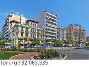 Купить «Street in Thessaloniki, Greece», фото № 32063535, снято 17 июня 2019 г. (c) Boris Breytman / Фотобанк Лори