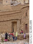Hamlet near Tighza in the Ounila River valley, Ouarzazate Province, region of Draa-Tafilalet, Morocco, North West Africa. (2019 год). Редакционное фото, фотограф Christian Goupi / age Fotostock / Фотобанк Лори