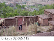Village of Tighza, Ounila River valley, Ouarzazate Province, region of Draa-Tafilalet, Morocco, North West Africa. (2019 год). Редакционное фото, фотограф Christian Goupi / age Fotostock / Фотобанк Лори