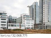 TwinTowers, new construction of residential buildings in Fanny-Zobel-Strasse in Berlin-Alt-Treptow (2018 год). Редакционное фото, агентство Caro Photoagency / Фотобанк Лори