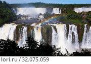 Купить «Waterfall Cataratas del Iguazu on Iguazu River, Brazil», фото № 32075059, снято 17 февраля 2017 г. (c) Яков Филимонов / Фотобанк Лори