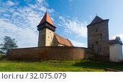 Купить «Fortified church of Brateiu, Romania», фото № 32075079, снято 17 сентября 2017 г. (c) Яков Филимонов / Фотобанк Лори