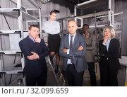 Купить «Men and women in pensive poses», фото № 32099659, снято 29 января 2019 г. (c) Яков Филимонов / Фотобанк Лори