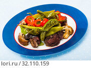 Купить «Mutton stewed in red wine with vegetables», фото № 32110159, снято 16 августа 2018 г. (c) Яков Филимонов / Фотобанк Лори