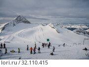Ski resort Zillertal Hintertuxer Glacier, Tirol, Austria. Стоковое фото, фотограф Юлия Бабкина / Фотобанк Лори