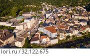 Купить «Ax-les-Thermes with buildings and The Lauze river in France», фото № 32122675, снято 19 июля 2019 г. (c) Яков Филимонов / Фотобанк Лори