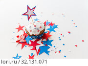 Купить «cupcake with candle and stars at 4th july party», фото № 32131071, снято 28 мая 2015 г. (c) Syda Productions / Фотобанк Лори