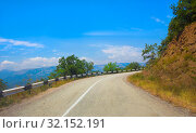 Купить «Crimea the twisting highway», фото № 32152191, снято 1 августа 2015 г. (c) Юрий Бизгаймер / Фотобанк Лори