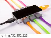 Hub with connected color wires. Стоковое фото, фотограф Юрий Бизгаймер / Фотобанк Лори