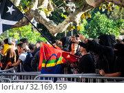 Купить «September 11, 2019 - Manifestation against the catalan politicians in fron of the Catalonia Parliament in Barcelona.», фото № 32169159, снято 11 сентября 2019 г. (c) age Fotostock / Фотобанк Лори