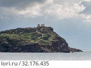 Cape Sounion and archaic-period temple of Poseidon (Lavreotiki municipality, East Attica, Greece) (2018 год). Стоковое фото, фотограф Татьяна Ляпи / Фотобанк Лори