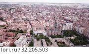 Купить «Aerial view of Valladolid cityscape with a modern apartment buildings, Spain», видеоролик № 32205503, снято 20 июня 2019 г. (c) Яков Филимонов / Фотобанк Лори