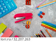 Office supplies, stapler in stationery store. Стоковое фото, фотограф Tryapitsyn Sergiy / Фотобанк Лори