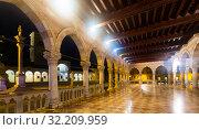 Купить «Arched gallery of Udine town hall on Piazza Liberta», фото № 32209959, снято 2 сентября 2019 г. (c) Яков Филимонов / Фотобанк Лори