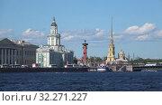 Июньский день на Неве. Санкт-Петербург, Россия (2019 год). Редакционное видео, видеограф Виктор Карасев / Фотобанк Лори