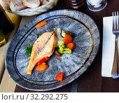 Купить «Salmon with blanched vegetables», фото № 32292275, снято 16 октября 2019 г. (c) Яков Филимонов / Фотобанк Лори