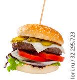 Купить «Image of hamburger on the plate», фото № 32295723, снято 22 октября 2019 г. (c) Яков Филимонов / Фотобанк Лори