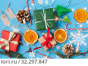 christmas gifts and decorations. Стоковое фото, фотограф Syda Productions / Фотобанк Лори