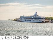Купить «Silja Line ferry in Helsinki», фото № 32298059, снято 23 мая 2019 г. (c) Юлия Бабкина / Фотобанк Лори