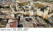 Купить «Towers of castle Palacio Real de Olite. Spain», видеоролик № 32301287, снято 23 декабря 2018 г. (c) Яков Филимонов / Фотобанк Лори