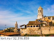 Купить «Girona Cathedral, Cathedral of Saint Mary of Girona, in winter day, Girona landmarks», фото № 32316859, снято 22 января 2019 г. (c) Papoyan Irina / Фотобанк Лори
