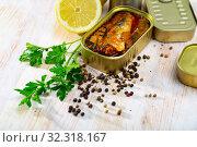 Купить «Canned spicy sardines», фото № 32318167, снято 17 ноября 2019 г. (c) Яков Филимонов / Фотобанк Лори
