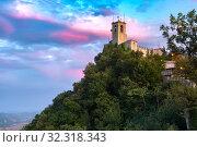 Купить «Guaita fortress in San Marino», фото № 32318343, снято 25 сентября 2019 г. (c) Коваленкова Ольга / Фотобанк Лори