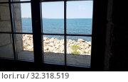 A Seascape outside the window. Стоковое видео, видеограф Володина Ольга / Фотобанк Лори