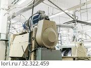 Old industrial melanger in the shop of a confectionery factory. Стоковое фото, фотограф Евгений Харитонов / Фотобанк Лори