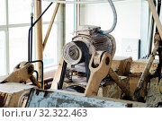 Fragment of an old conche machine in the shop of a confectionery factory. Стоковое фото, фотограф Евгений Харитонов / Фотобанк Лори