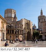 View of Valencia Cathedral (2019 год). Редакционное фото, фотограф Яков Филимонов / Фотобанк Лори
