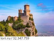 Купить «Guaita fortress in San Marino», фото № 32347759, снято 26 сентября 2019 г. (c) Коваленкова Ольга / Фотобанк Лори