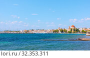 Купить «Panorama of Aegina town», фото № 32353311, снято 13 сентября 2019 г. (c) Роман Сигаев / Фотобанк Лори