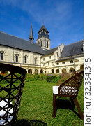 Купить «Abbey of Fontevraud, (Fontevraud l'Abbaye), UNESCO World Heritage Site, Loire Valley, France, Europe», фото № 32354315, снято 27 июня 2018 г. (c) age Fotostock / Фотобанк Лори